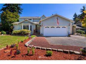 Property for sale at 2711 210 Avenue E, Lake Tapps,  WA 98391