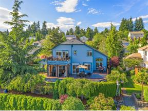 Property for sale at 7018 59th St Ct W, University Place,  WA 98467