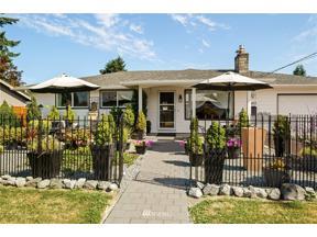 Property for sale at 1613 3rd Street NE, Auburn,  WA 98002