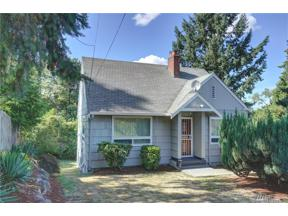Property for sale at 2416 S 116th Wy, Seattle,  WA 98168