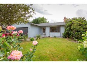 Property for sale at 608 Alder Ave, Sumner,  WA 98390