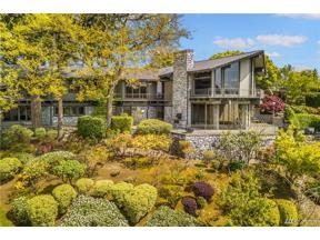 Property for sale at 5020 NE 45th Street, Seattle,  WA 98105