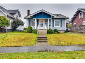 Property for sale at 224 S 37th St, Tacoma,  WA 98418