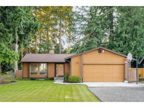 Property for sale at 4002 Lakeridge Drive E, Lake Tapps,  WA 98391