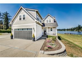 Property for sale at 855 173rd St S, Spanaway,  WA 98387