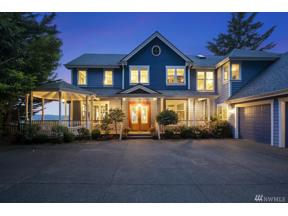 Property for sale at 406 42nd Ave NW, Gig Harbor,  WA 98335
