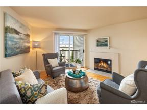 Property for sale at 3045 20th Ave W Unit: 306, Seattle,  WA 98199