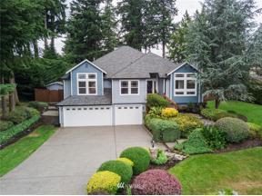 Property for sale at 924 187th Avenue E, Lake Tapps,  WA 98391