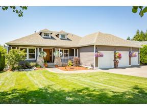 Property for sale at 3008 170th Avenue E, Lake Tapps,  WA 98391