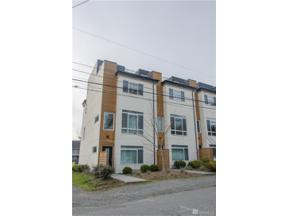 Property for sale at 10363 Ashworth Ave N, Seattle,  WA 98133