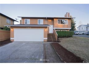 Property for sale at 11816 SE 317th Place, Auburn,  WA 98092