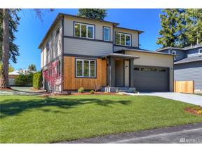 Property for sale at 24611 9th Ave S, Des Moines,  WA 98198