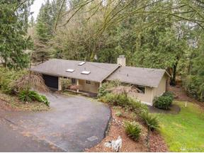 Property for sale at 102 Park Ave NW, Gig Harbor,  WA 98335