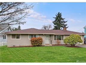 Property for sale at 520 S 200th St, Des Moines,  WA 98198