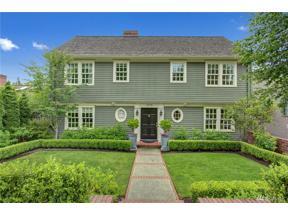 Property for sale at 1928 Shenandoah Dr E, Seattle,  WA 98112