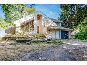 Property for sale at 32030 13th Avenue SW, Federal Way,  WA 98023