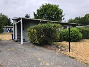 Property for sale at 611 Harrington Avenue NE, Renton,  WA 98056