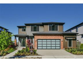 Property for sale at 711 Cedar Ave S, Renton,  WA 98057