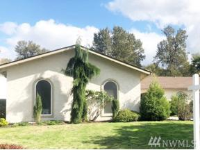 Property for sale at 2102 Riverview Dr NE, Auburn,  WA 98002