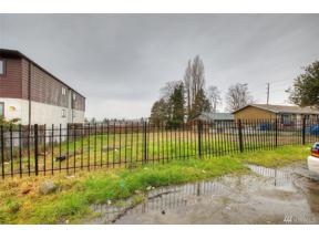 Property for sale at 21615 29th Ave S, Des Moines,  WA 98198