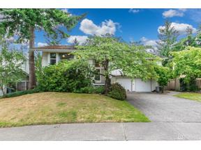 Property for sale at 3826 171 St Pl SE, Bellevue,  WA 98008