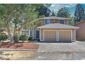 Property for sale at 21653 SE 267th Street, Maple Valley,  WA 98038