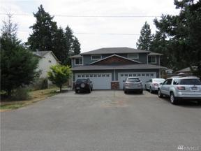 Property for sale at 208 174th St E, Spanaway,  WA 98387