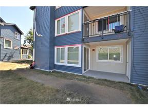 Property for sale at 26213 116th Avenue SE # C-104, Kent,  WA 98030