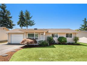 Property for sale at 1067 S 317th Street, Federal Way,  WA 98003