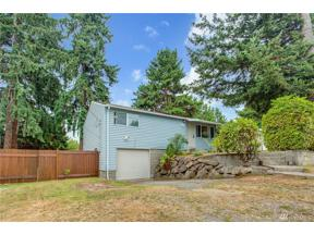 Property for sale at 411 SW 304th St, Federal Way,  WA 98023