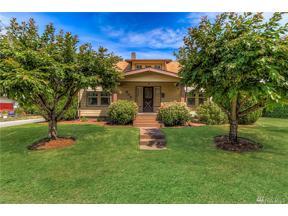 Property for sale at 803 Hunt Ave, Sumner,  WA 98390