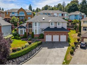Property for sale at 32921 49th Place SW, Federal Way,  WA 98023