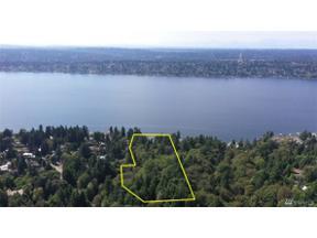 Property for sale at 13117 Holmes Point Dr NE, Kirkland,  WA 98034