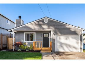 Property for sale at 910 N 101st St, Seattle,  WA 98133