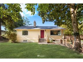 Property for sale at 2232 S 330th Street, Federal Way,  WA 98003