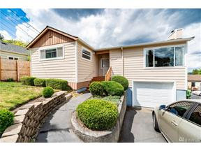 Property for sale at 8036 S 118th St, Seattle,  WA 98178