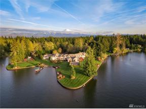 Property for sale at 21028 Snag Island Dr E, Lake Tapps,  WA 98391