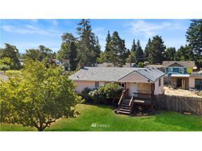 Property for sale at 908 9th Street NE, Auburn,  WA 98002