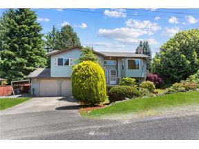 Property for sale at 719 107th Avenue E, Edgewood,  WA 98372