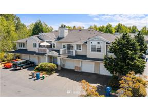 Property for sale at 23318 59th Place S # 14-4, Kent,  WA 98032