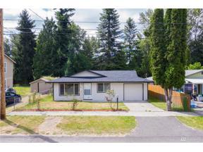 Property for sale at 442 Harrison St, Sumner,  WA 98390