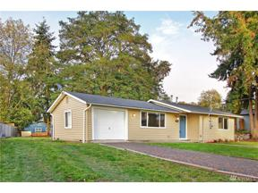 Property for sale at 2404 SW 332nd St, Federal Way,  WA 98023