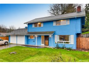 Property for sale at 21819 12Th Ave S, Des Moines,  WA 98198