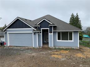 Property for sale at 709 20th Ave E, Milton,  WA 98354
