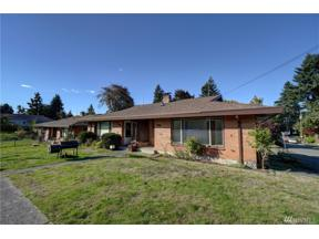 Property for sale at 1402 17th St, Bremerton,  WA 98337