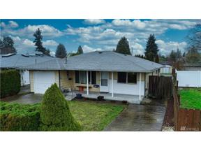 Property for sale at 811 S 75th St, Tacoma,  WA 98408