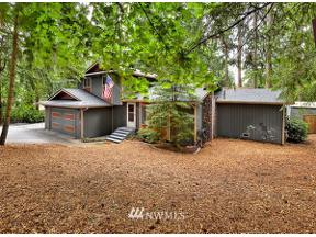 Property for sale at 4727 171st Ave Court E, Lake Tapps,  WA 98391