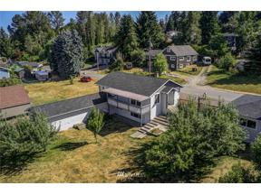 Property for sale at 32330 3rd Avenue, Black Diamond,  WA 98010