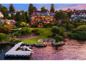 Property for sale at 3054 Laurelhurst Dr NE, Seattle,  WA 98105