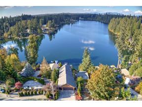 Property for sale at 23046 SE Lake Wilderness Dr S, Maple Valley,  WA 98038